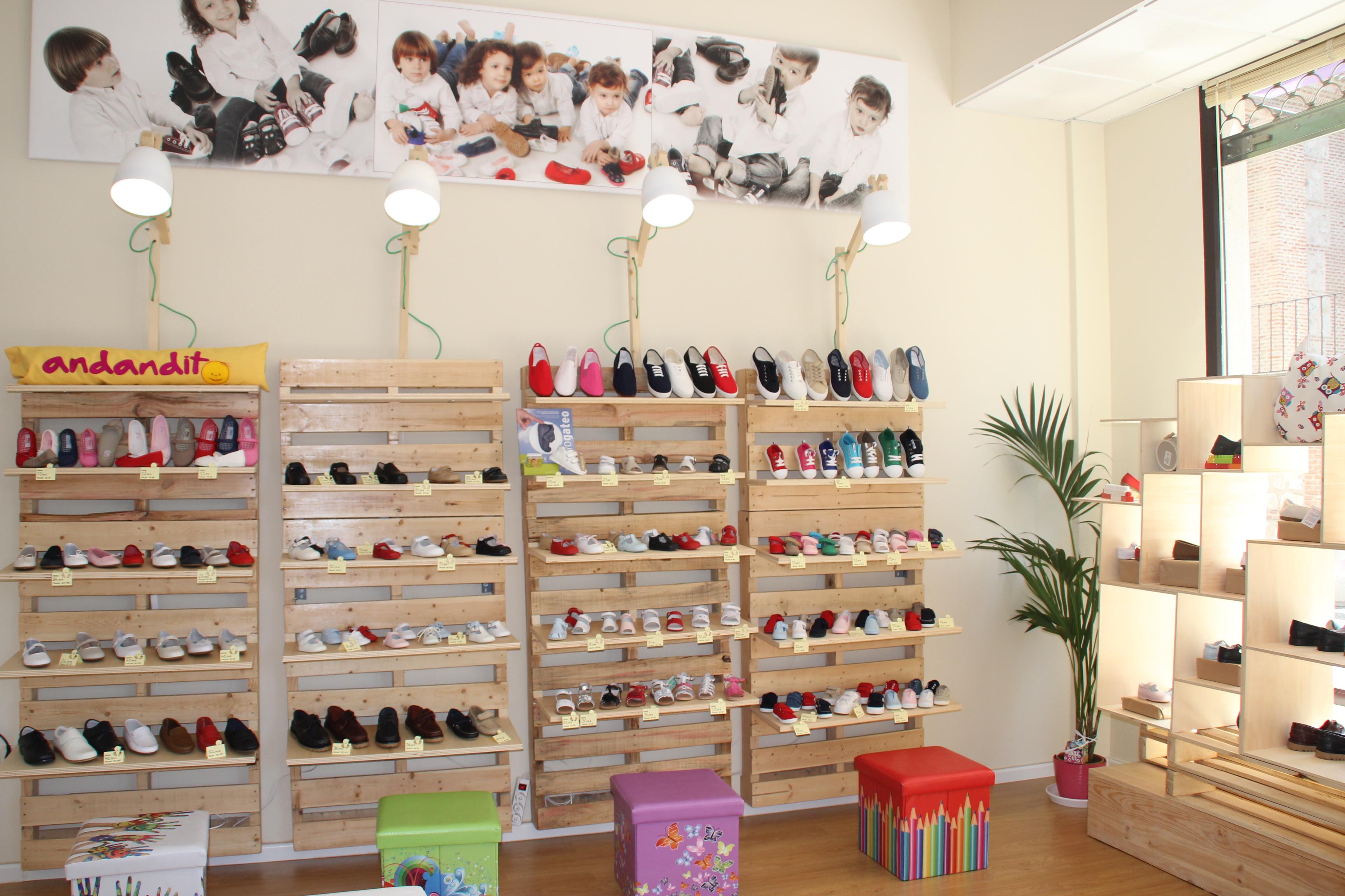 Andandito, tu tienda de calzado infantil online