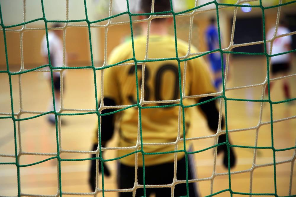 Encuentra tu equipamiento para jugar al fútbol sala
