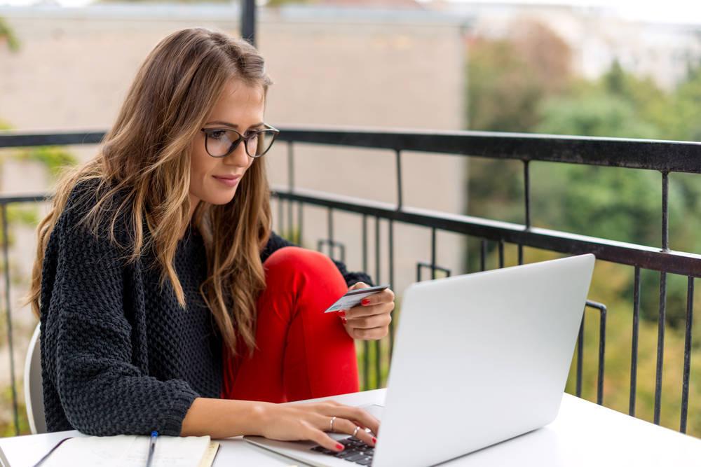 Las ventajas de comprar Ropa Juvenil Online